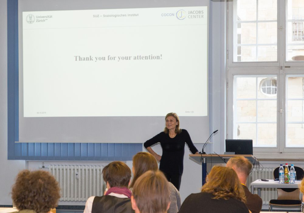 Prof. Dr. Marlis Buchmann gave a presentation on the relationship between life course and agency at the Fall School of the Priority Programme 1646.