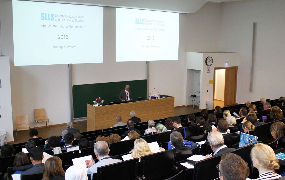 """Prof. Hans-Peter Blossfeld opened the SLLS conference 2016 in Bamberg. His keynote addressed the issue of """"Determinants and Consequences of Unequal Educational Opportunities in the Life Course: Results From the eduLIFE Project""""."""